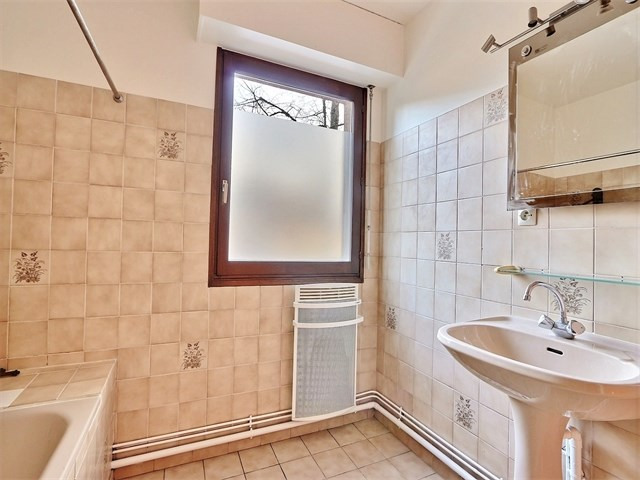 Rental apartment Annecy 1 250€ CC - Picture 6