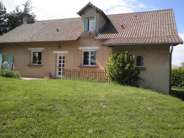 Location maison / villa Heyrieux 1360€ CC - Photo 11