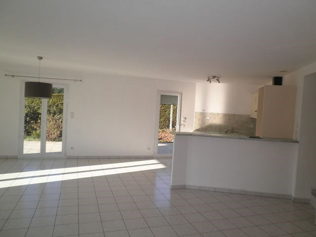 Location maison / villa Cessieu 899€ +CH - Photo 3