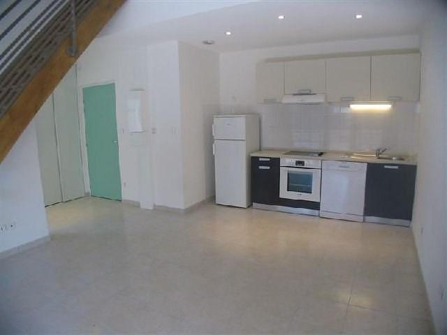 Rental apartment Le chambon sur lignon 455€ CC - Picture 2