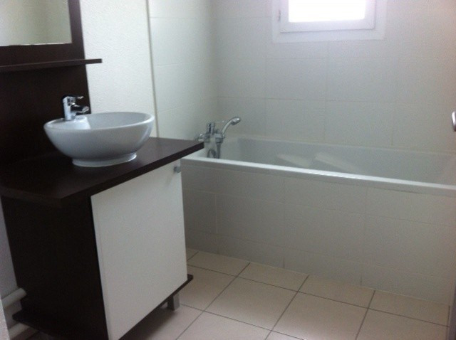 Location appartement Cambes 608€ CC - Photo 2