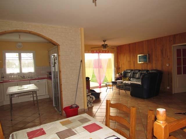 Sale house / villa Saint-pierre-de-l'isle 153750€ - Picture 5