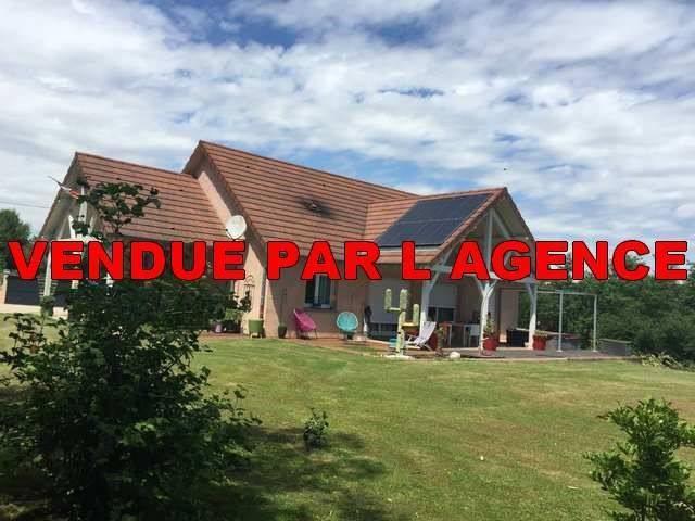 Sale house / villa Louhans 274000€ - Picture 1