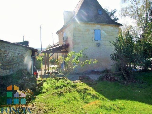 Maison en pierre 1885 sur 1000 m²