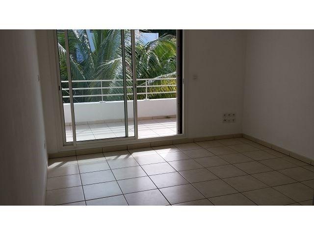 Location appartement St denis 393€ CC - Photo 2