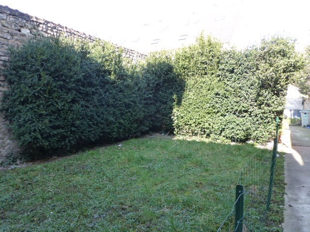 Location appartement Mantes-la-jolie 660€ CC - Photo 13