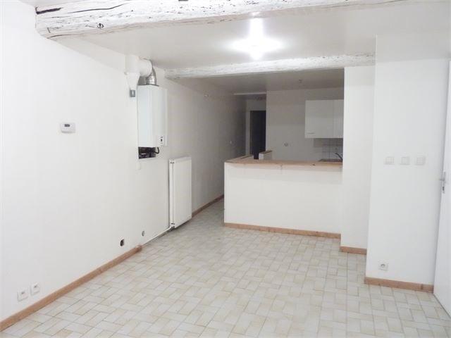 Location appartement Toul 380€ CC - Photo 2