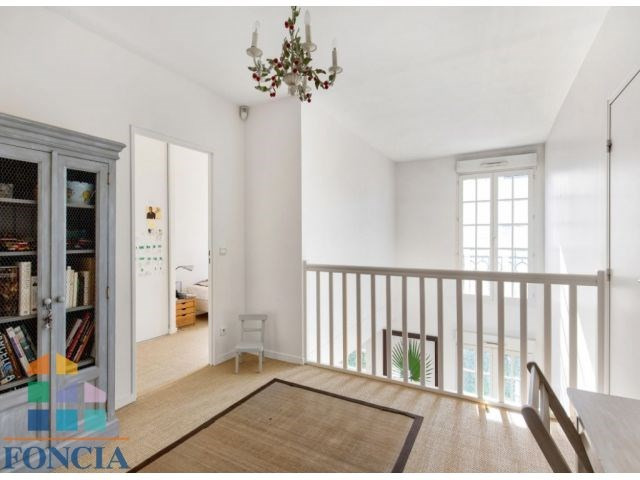 Deluxe sale apartment Suresnes 1 150 000€ - Picture 6