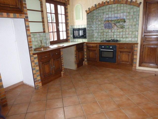 Location maison / villa Fuveau 1501€ CC - Photo 5