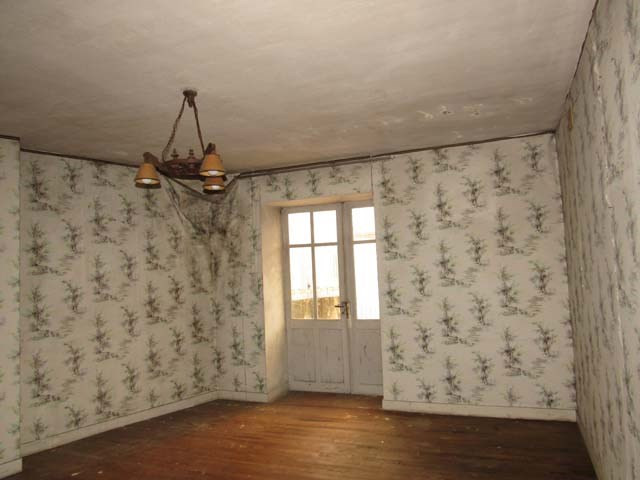Sale house / villa Saint-jean-d'angély 43500€ - Picture 3