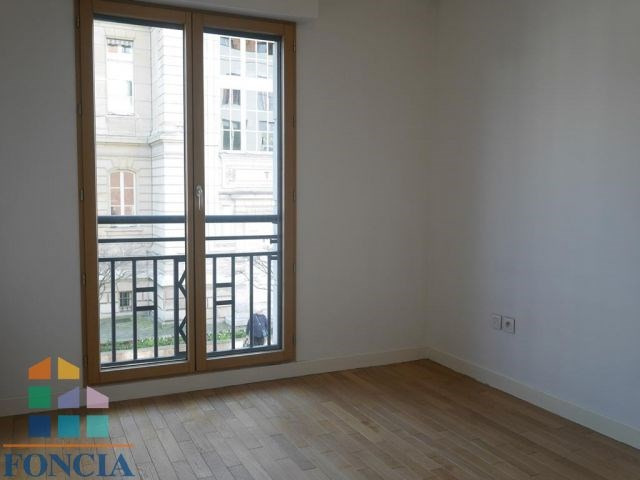 Location appartement Suresnes 1 600€ CC - Photo 11