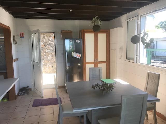 Sale house / villa Ste anne 247000€ - Picture 4