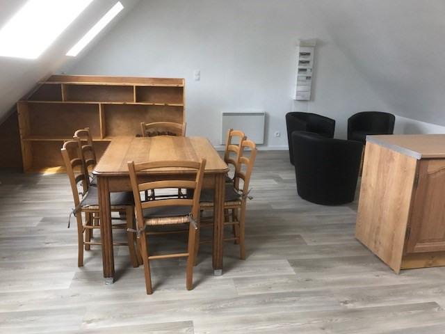 Location appartement Lederzelle 420€ CC - Photo 2