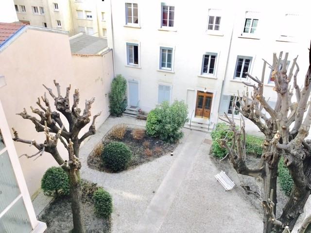 Alquiler  apartamento Lyon 6ème 890€ CC - Fotografía 9