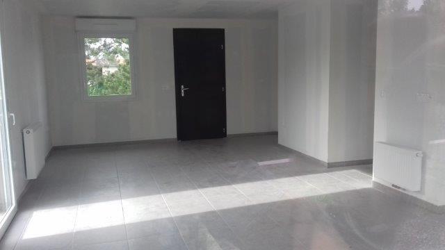 Verkoop  huis Saint-andre-le-puy 220000€ - Foto 4