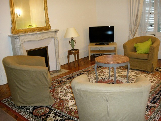 Rental apartment Fontainebleau 2 402€ CC - Picture 7