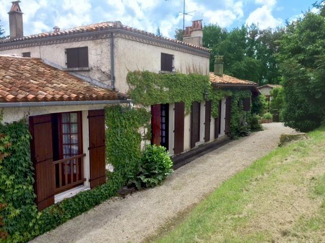 Vente maison / villa Bergerac 390350€ - Photo 4