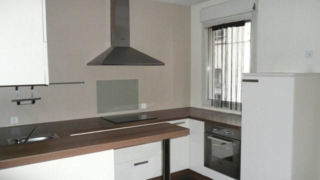 Verhuren  appartement Lyon 4ème 733€ CC - Foto 2