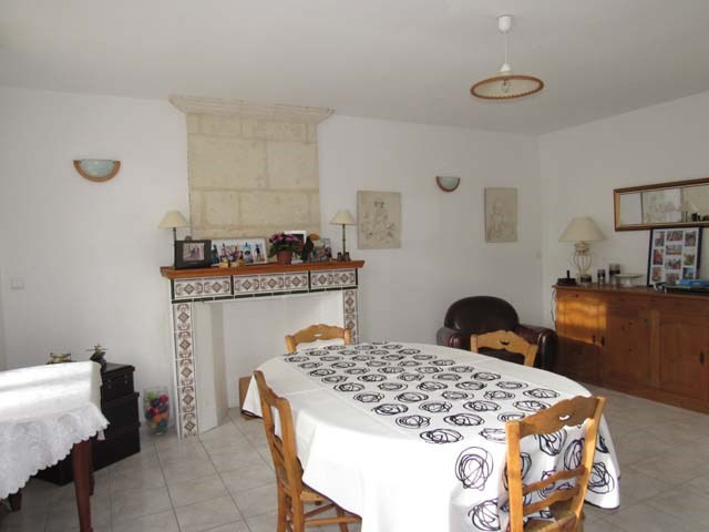 Sale house / villa Saint-savinien 300675€ - Picture 4