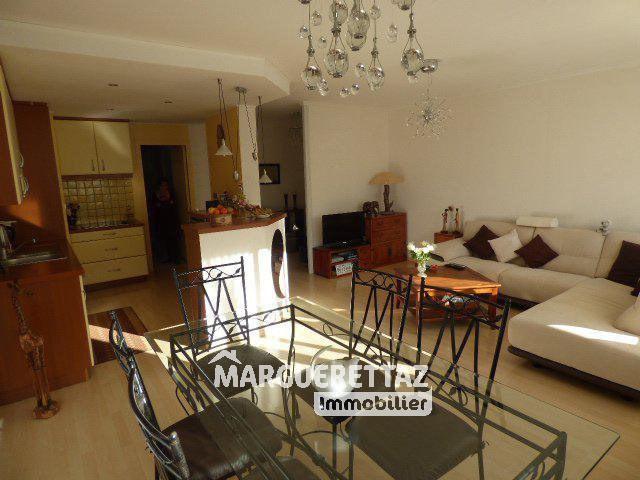Sale apartment Bonneville 210000€ - Picture 3