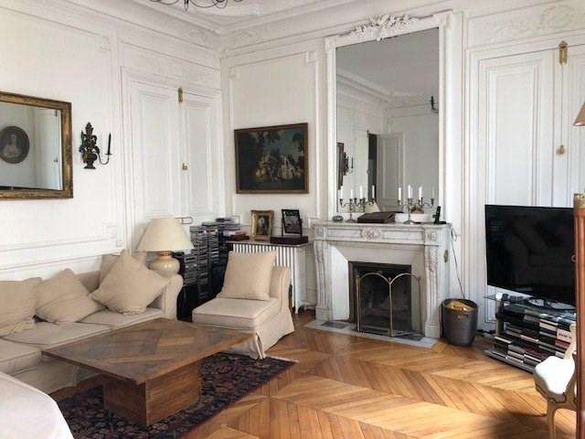 Rental apartment Paris 8ème 3790€ CC - Picture 2