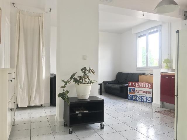 Vente appartement Cachan 247000€ - Photo 1