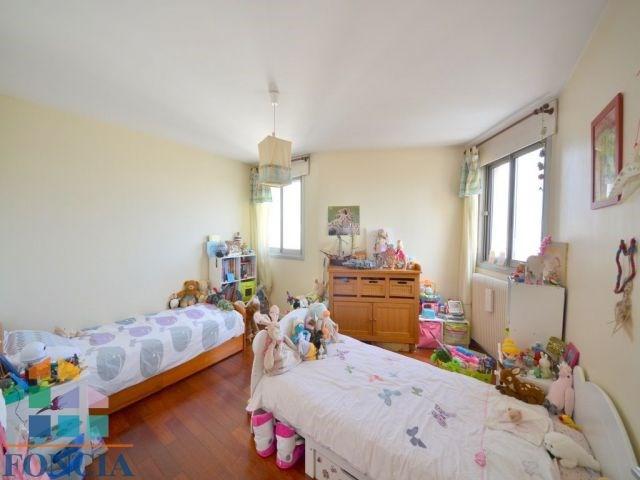 Sale apartment Suresnes 600000€ - Picture 7
