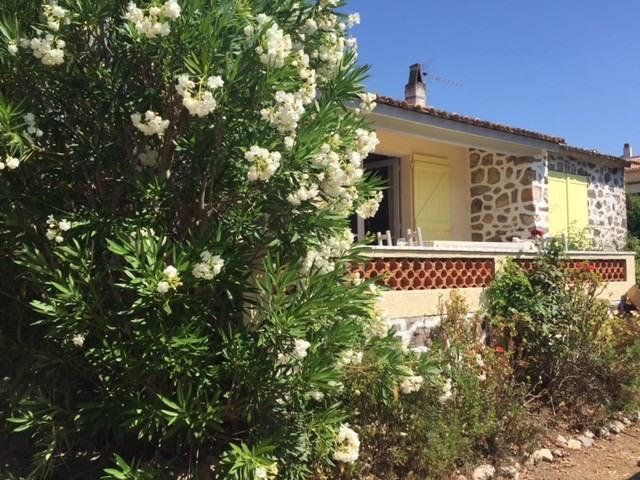 Location vacances maison / villa Les issambres 750€ - Photo 9
