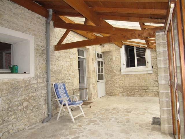 Sale house / villa Saint-jean-d'angély 159000€ - Picture 7