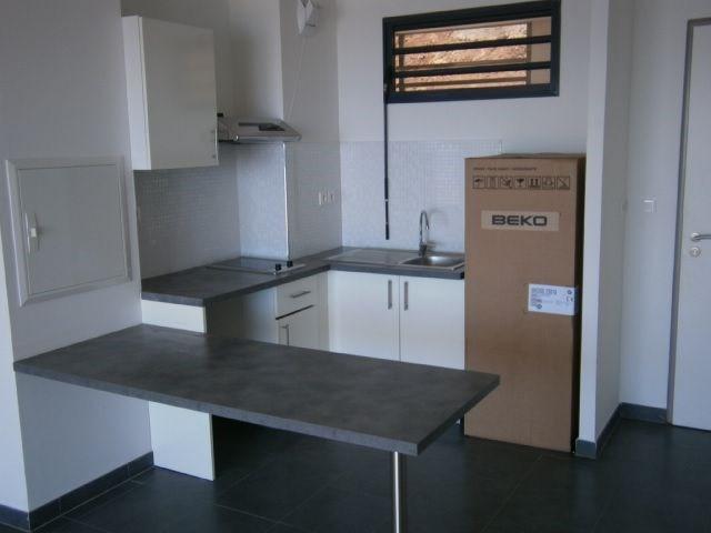 Location appartement St denis 587€ CC - Photo 4