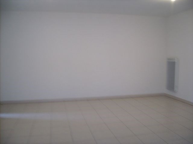 Rental apartment Cambes 608€ CC - Picture 4
