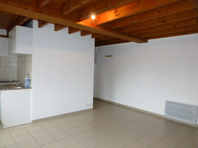 Rental apartment Bonnières-sur-seine 500€ CC - Picture 2