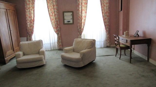 Vente maison / villa Saint-jean-d'angély 143250€ - Photo 3