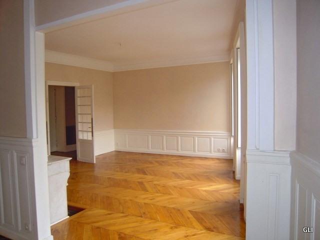 Rental apartment Lyon 2ème 1919€ CC - Picture 3