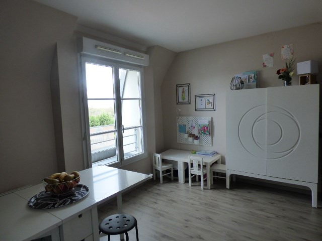 Location appartement Éragny 965€ CC - Photo 2