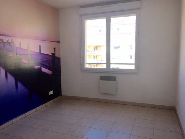 Location appartement Marseille 8ème 955,46€ CC - Photo 7