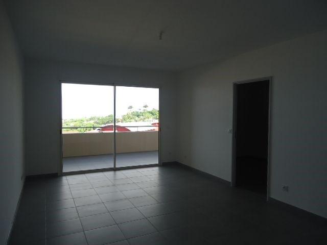 Location appartement St denis 856€ CC - Photo 2