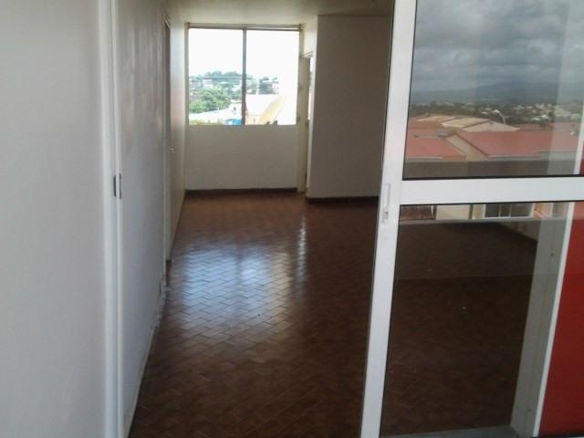 Sale apartment Ducos 115500€ - Picture 2
