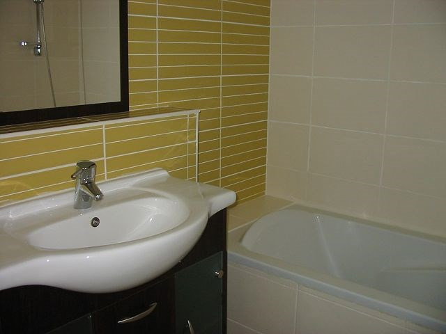 Location appartement Ste clotilde 784€ CC - Photo 4