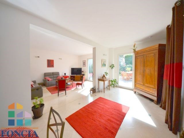 Vente de prestige maison / villa Suresnes 1390000€ - Photo 3
