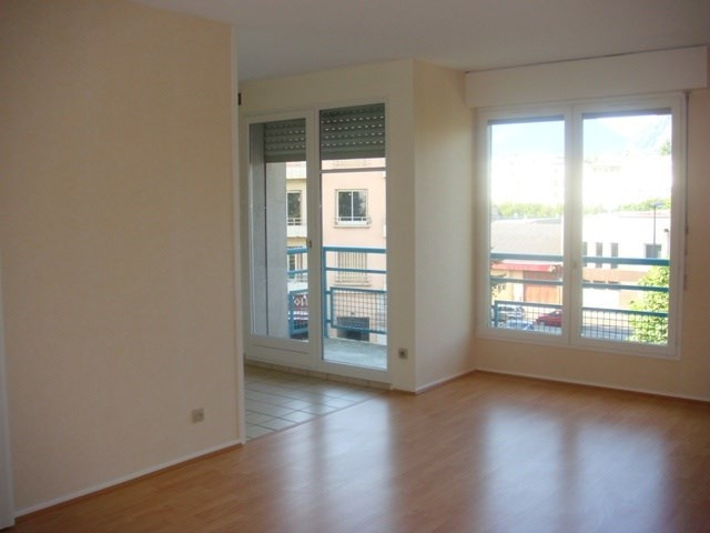 Location appartement Grenoble 542€ CC - Photo 1