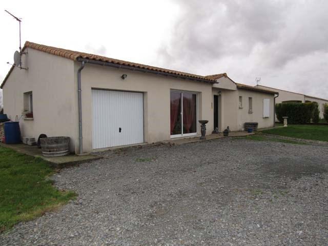 Sale house / villa Saint-pierre-de-l'isle 153750€ - Picture 2