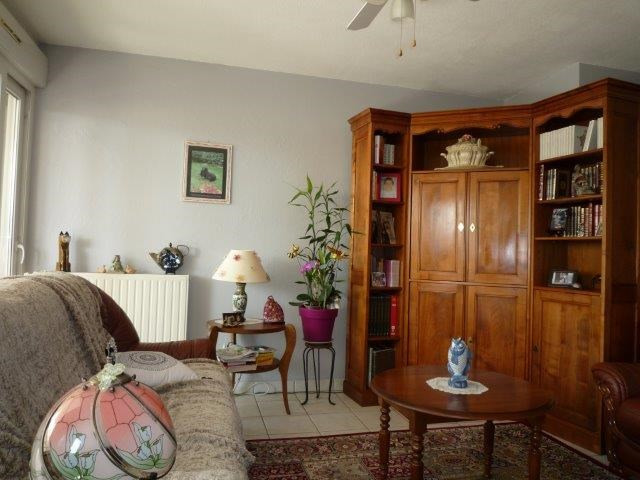 Venta  apartamento Saint-just-saint-rambert 199000€ - Fotografía 2
