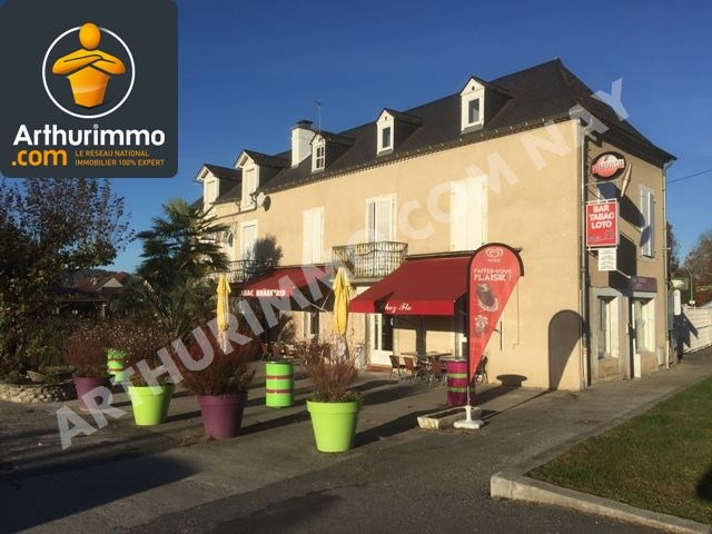 Sale building Nay 180 000€ - Picture 1