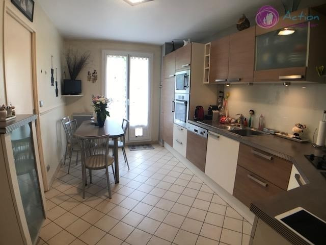 Vente maison / villa Lesigny 369 000€ - Photo 6