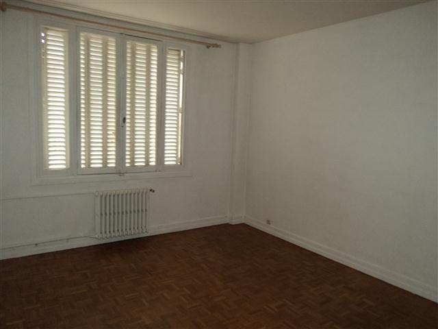 Location appartement Paris 14ème 1206€ CC - Photo 3