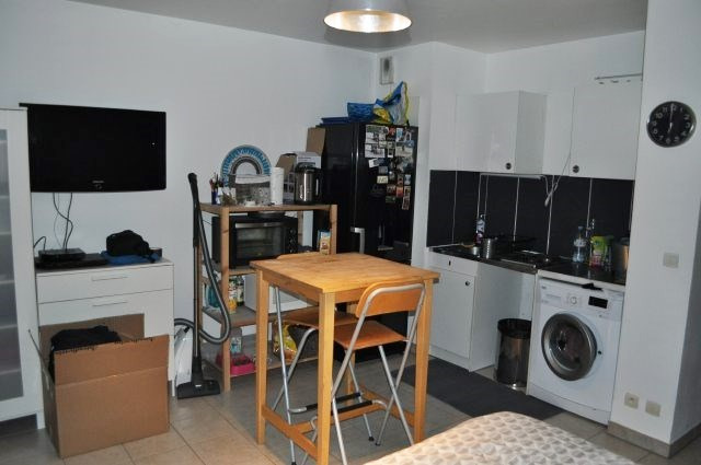 Rental apartment Marseille 5ème 478€ CC - Picture 2