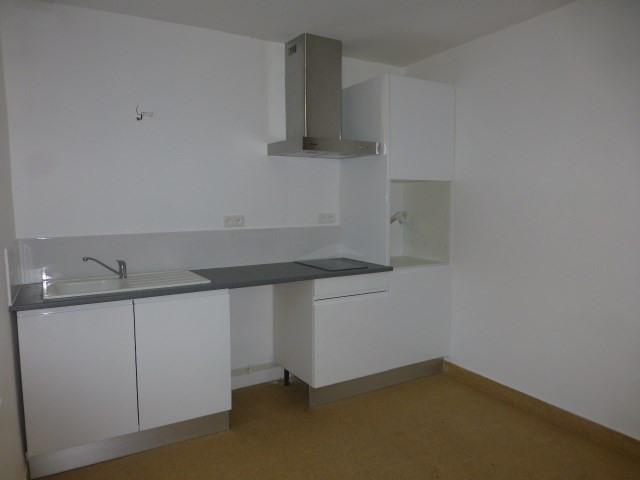 Rental house / villa Perdreauville 760€ CC - Picture 3