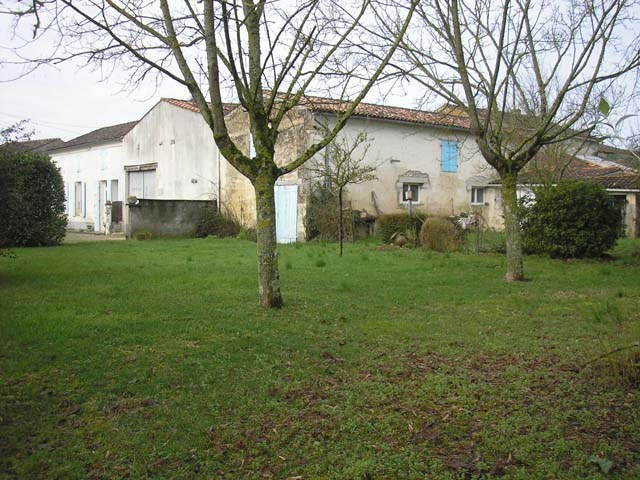 Sale house / villa Varaize 148 500€ - Picture 5