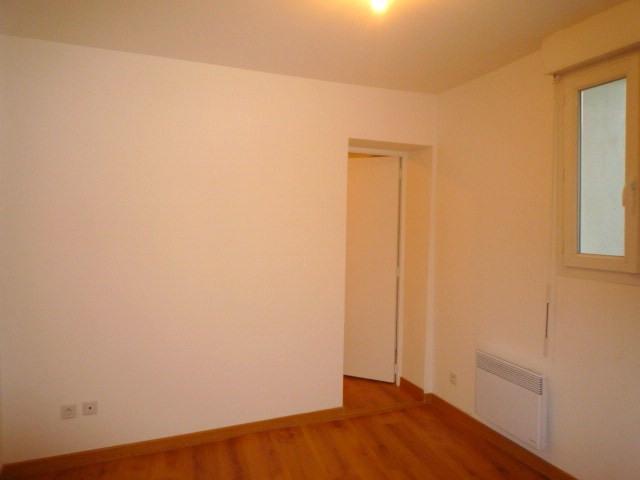 Rental apartment Lagny sur marne 957€ CC - Picture 3